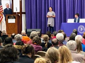 Rossana Rodríguez speaks at the aldermanic forum in Chicago's 33rd Ward